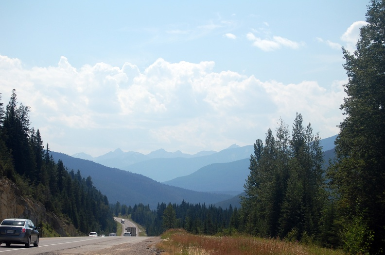 2008-08-08 - 10 - Roadside views